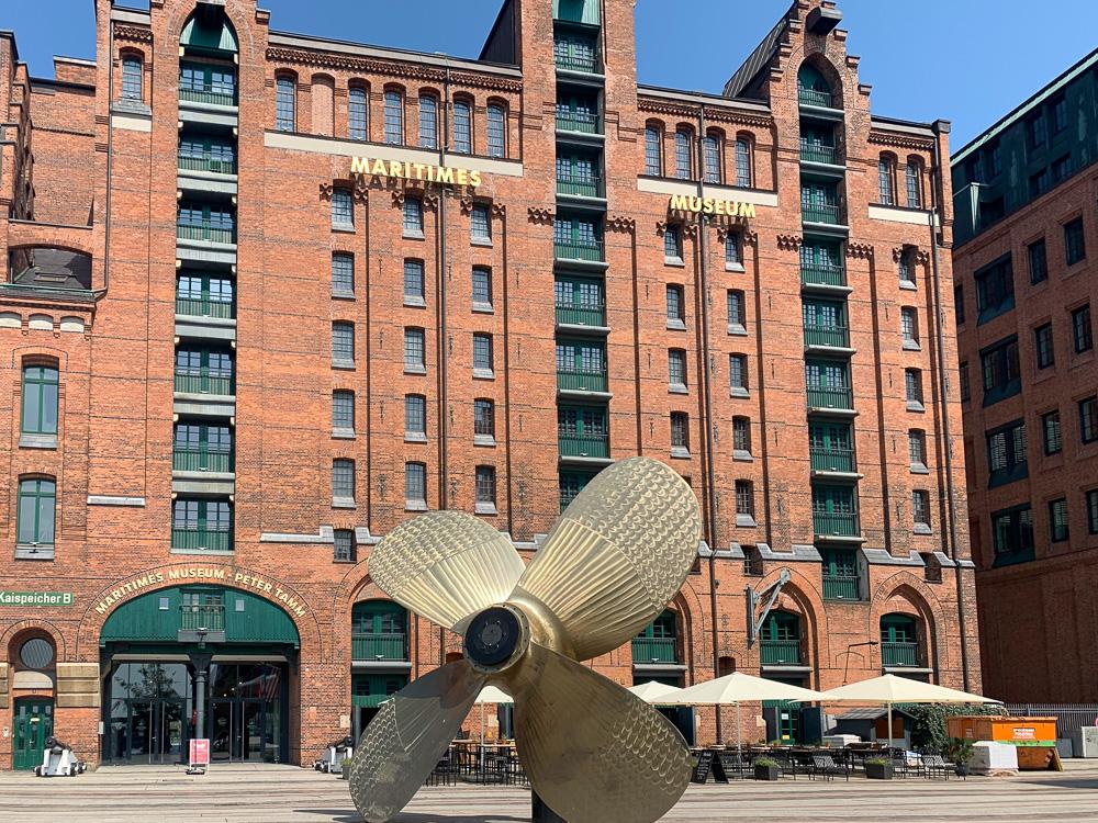 Der Kaispeicher B ist das älteste Speichergebäude in Hamburg und beherbergt das Internationale Maritime Museum