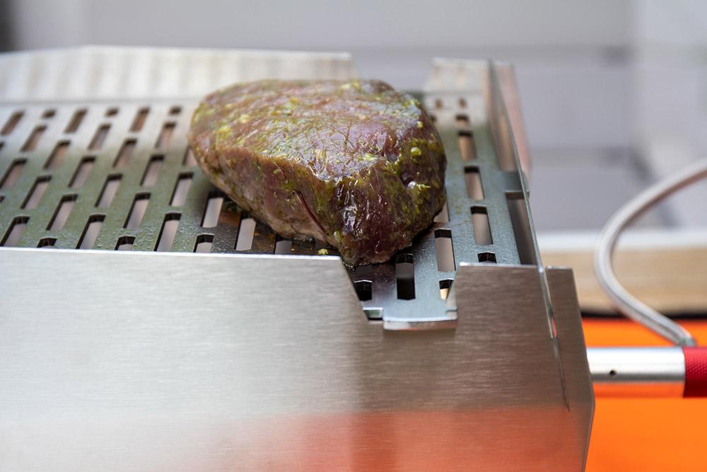 Zum Testen des Skotti Grills beim Camping habe ich ein Steak gegrillt